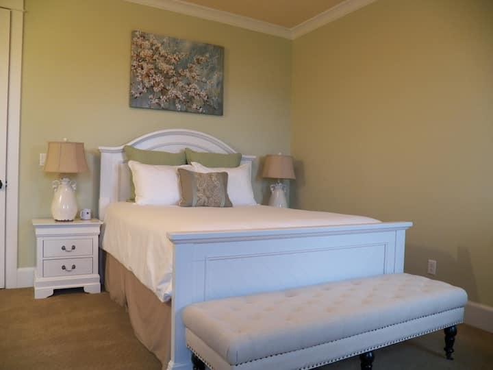 La Bastide Bed & Breakfast - Loire Room