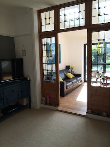 Fab family home close to the city - Cardiff - Hus