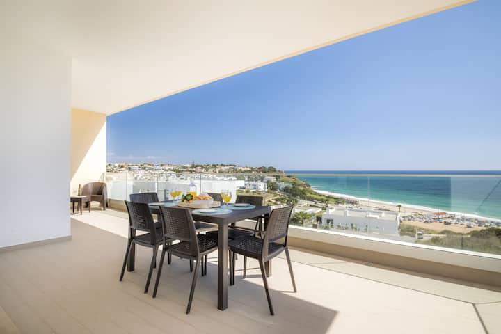 5* Beach View Apartment in Porto de Mos 150 metres from the beach!