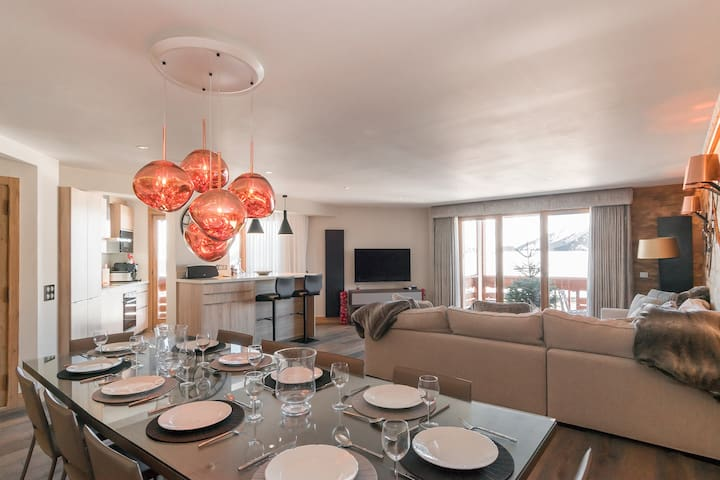 Courchevel 1850 centre 4 double bedrooms on slopes