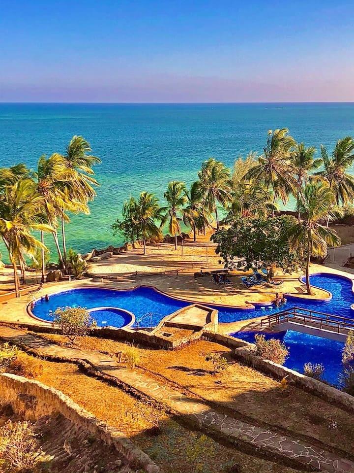 One Bedroom Apartment  Overlooking Indian Ocean