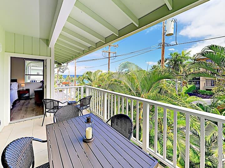Ocean-View Beach Apartment with Pool & Spa