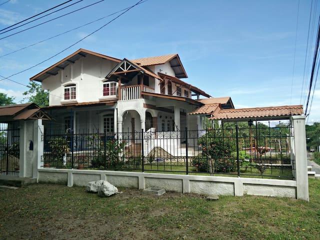 Hermosa Casa de Campo en Penonome, Panama