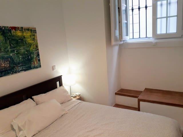 Bedroom T1