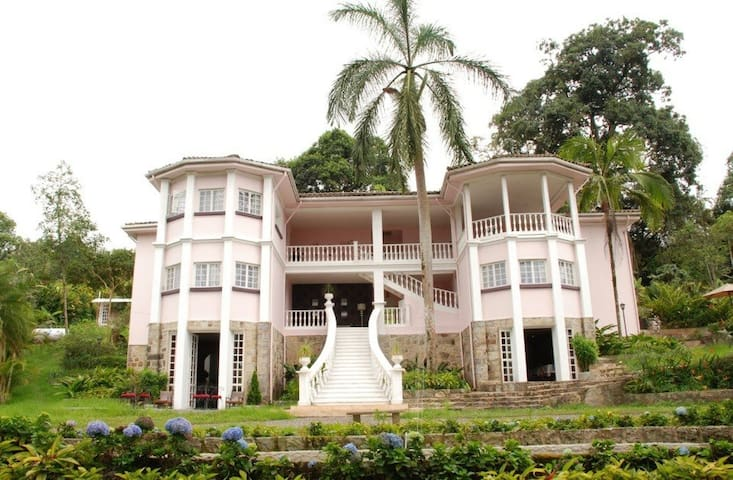 Casona Republicana 11 habitaciones - Santandercito - Villa