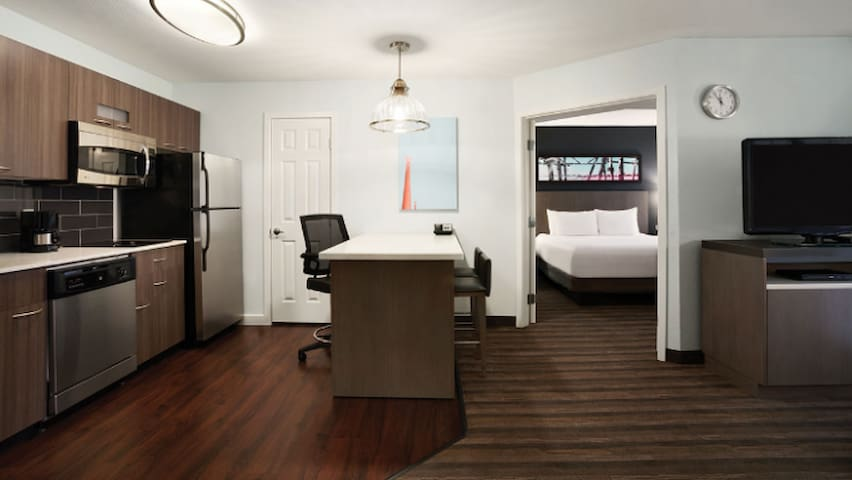 Stay at the Hyatt Charlotte Airport for less! - Charlotte - Apartamento