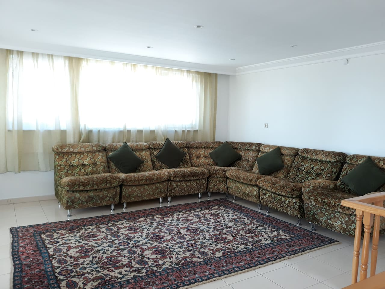 Living room 2 (2nd floor)