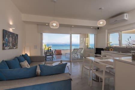 LΙDIA BEACH SUITES (SUITE APHRODITE) - Kokkinos Pirgos - Apartament