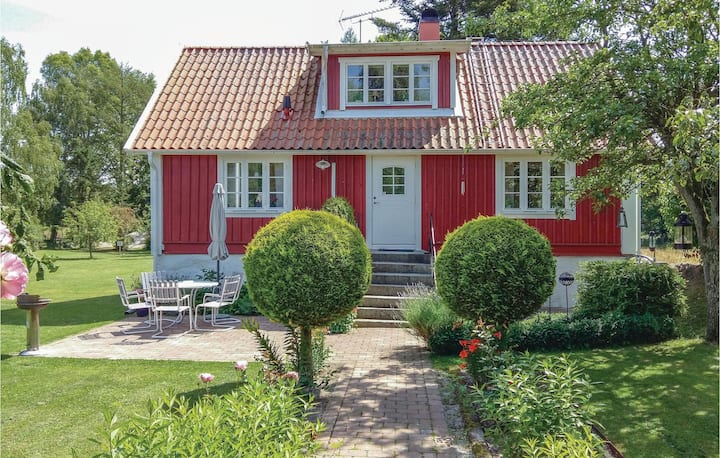 Amazing home in Sölvesborg with WiFi and 3 Bedrooms