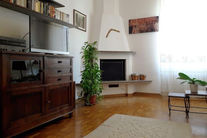 Elegant apartment on two floor with attic - Cusano Milanino