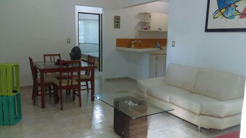 Dpto con excelente ubicació 3 camas - Cancún - Apartemen