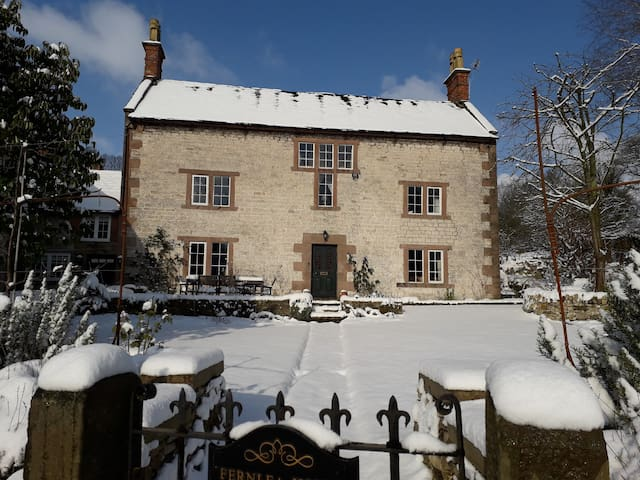 Perfect Peak District place to stay