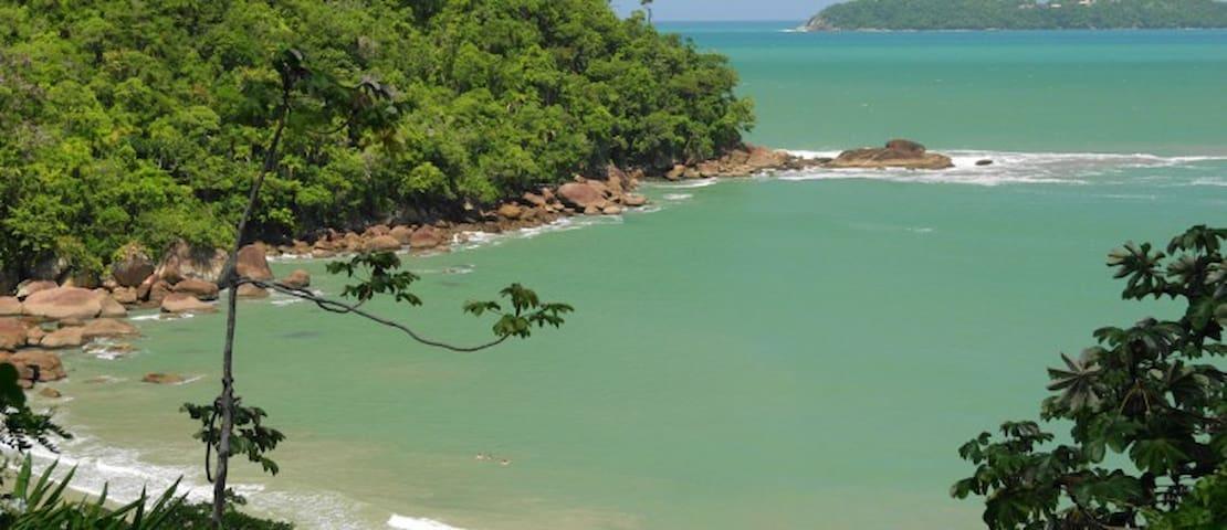 Praia do Alto (entre Vermelha do norte e Itamambuca), Ubatuba,-