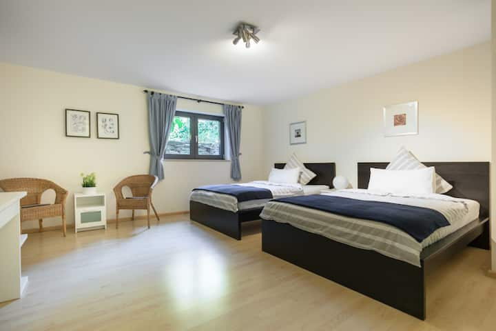 H0 - Brand new / luxury rooms up to 6 pax