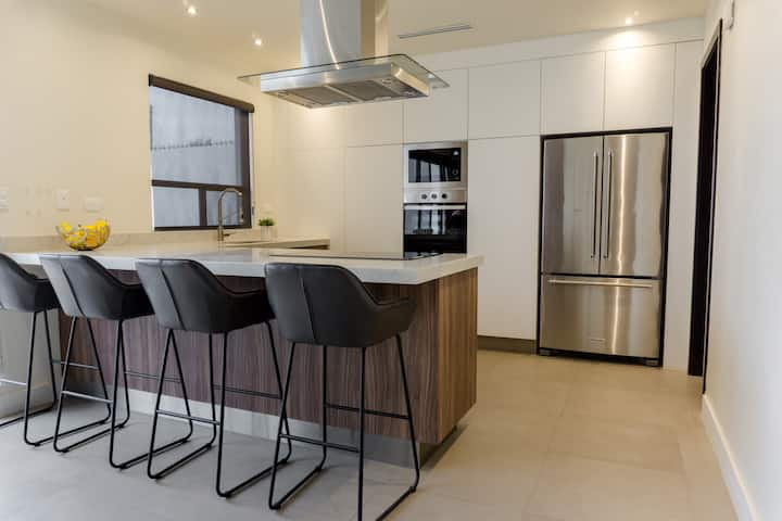 Luxury, modern and comfy home for you