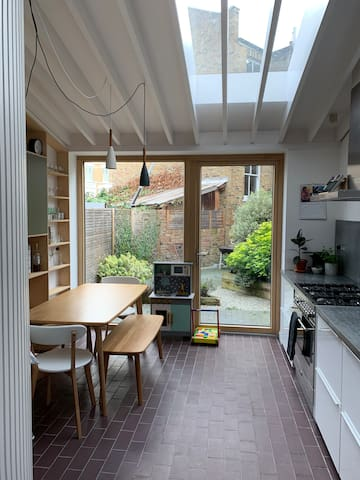 Stylish Victorian Terrace House in East Dulwich