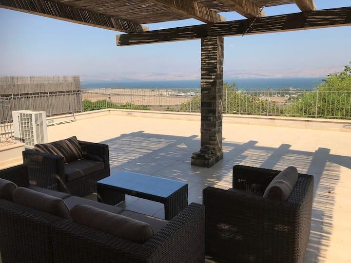 Beautiful Villa in Migdal