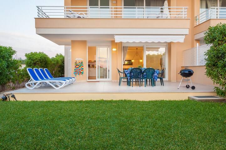 Porto Colom/Casa Marcal 3 bedroom garden apartment