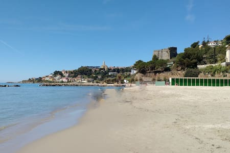 One bedroom apartment 5 minutes from sandy beaches - Arma di Taggia - อพาร์ทเมนท์