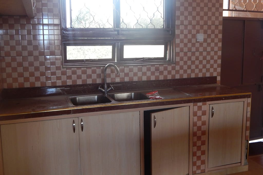Furnished kitchen ideal for own meals