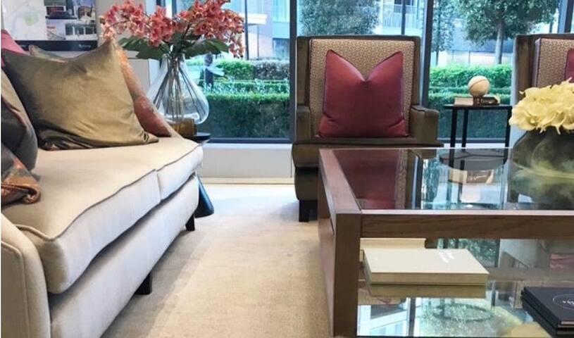 Luxury Flat  Chelsea Residence.
