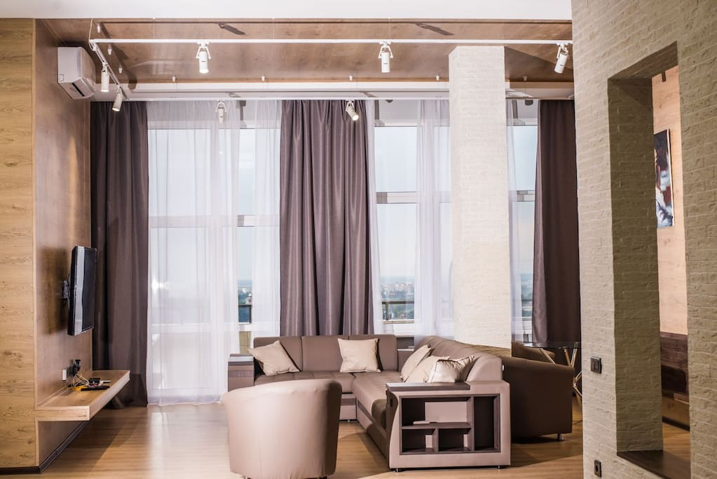 Penthouse apartment with beautiful fully furnished living room