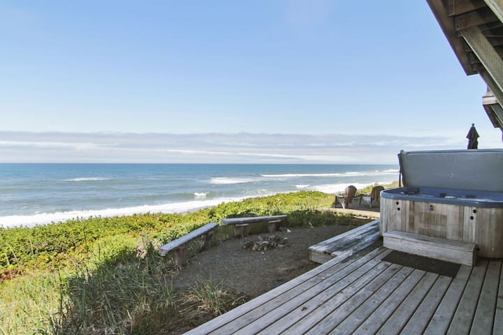 Sea It All~ Oceanfront - depoe bay - Townhouse