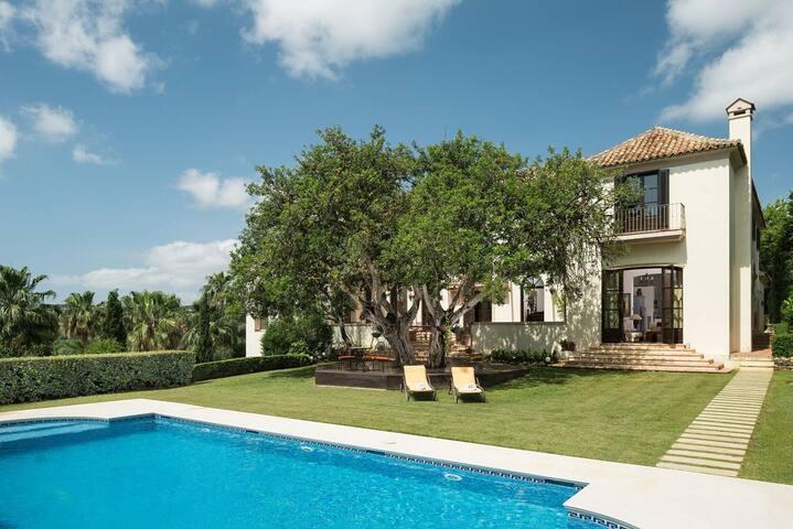 Luxury Villa Giselle in Sotogrande