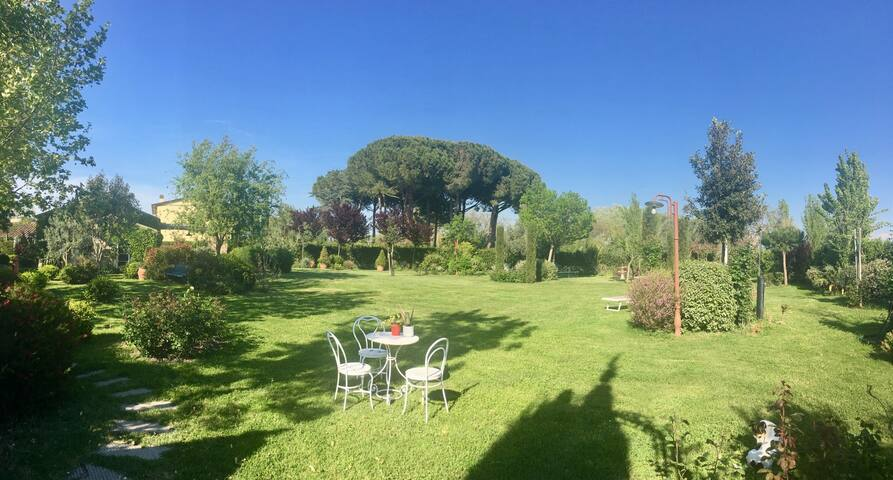 Vada Mamma Isa app.to con terrazzo e giardino - Vada - อพาร์ทเมนท์