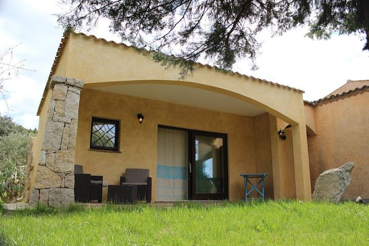 Appartamentino con ampio giardino - Rena Majore - Byt
