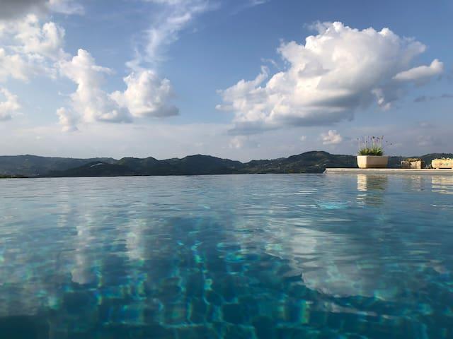 Luxe vakantiehuis met infinitypool