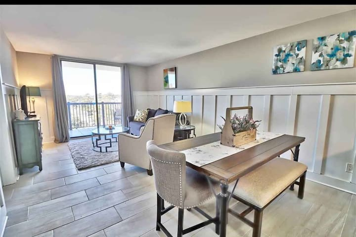 Gorgeous Southern Style condo with OCEAN VIEW!