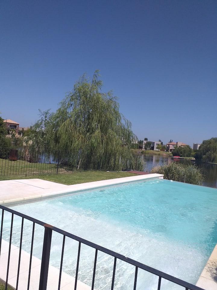 Casa al lago en Tigre! Foto Instagram asegurada!