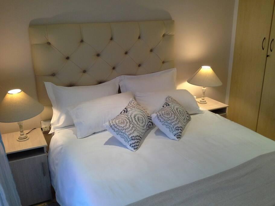 Room 4 - Main bedroom