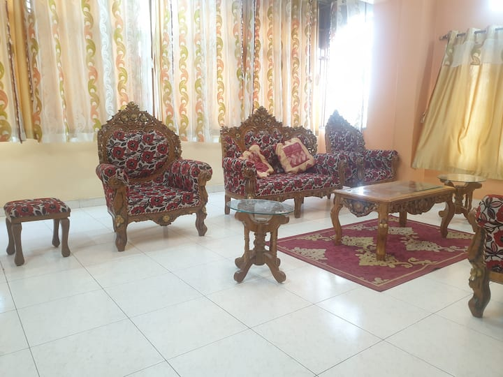 Luxurious 3BHK Apartment at Banjara Hills, Road 13