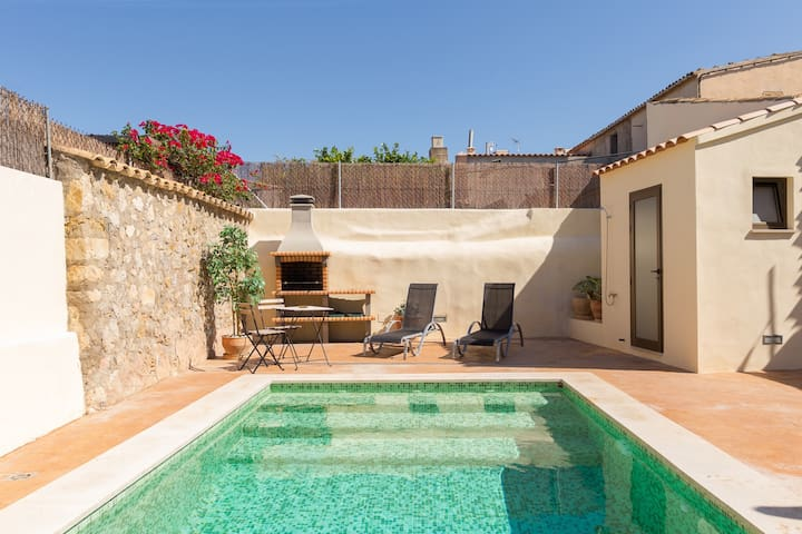 Casa Pegaso - House with private pool in Campanet