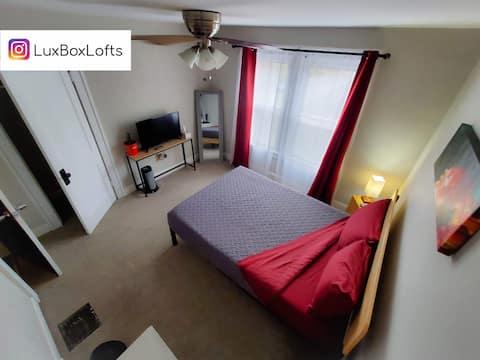 L14-Burgundy at LX Loft ⚡ Private Keypad Room