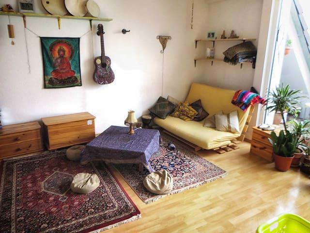 Sunny Maisonnette Appartment 65sqm - Leipzig - Leilighet