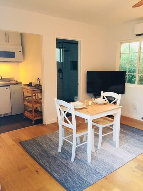 Altadena cozy studio