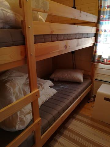 Soverom med køyeseng, 90*200 cm.