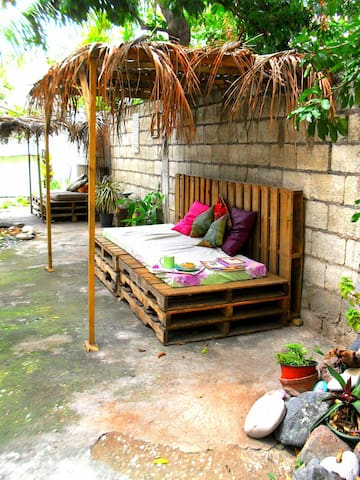 Central, Charming & Tropical. - Kingston - Casa