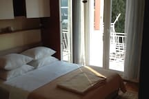 Double Room w Balcony 3