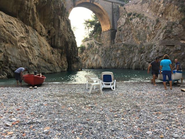 Furore-Costiera Amalfitana, sentiero per il mare