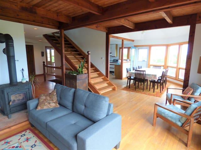 Island Home with Sweeping Views Sleeps 10