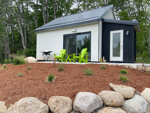Seagrass Cabin, a  seaside experience.