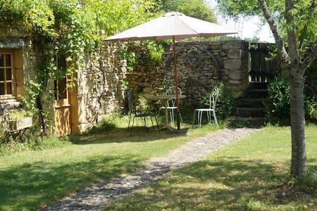 petite maison de charme - Manaurie - House