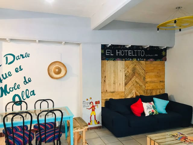 """El hotelito ""  Depa familiar Folklor  mexicano"