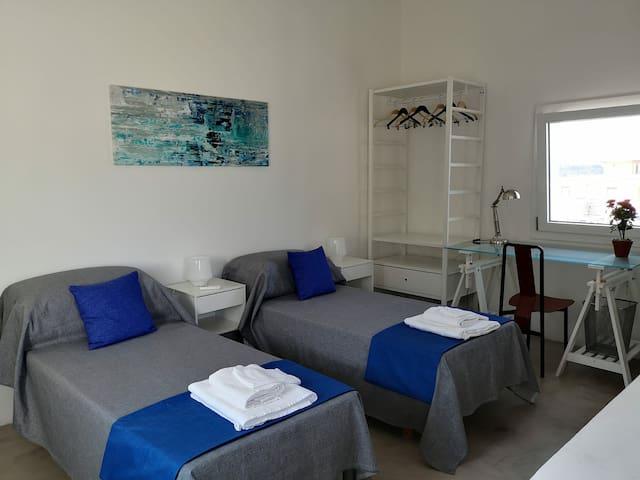 second floor bedroom - stanza da letto secondo piano