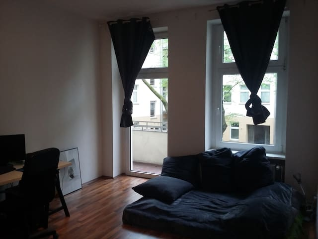 Cozy 1 bedroom appt. at Boxi - Berlin - Apartment