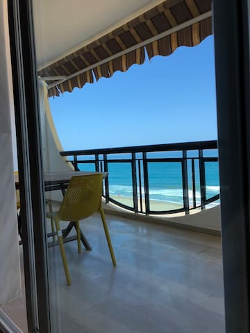 3 bed apartment with balcony directly by beach